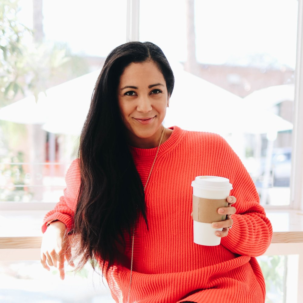 - I'm Sarah, a social media strategist, marketing consultant & web designer who loves interiors, well designed products, clothes, traveling and food so basically a little bit of everything good.