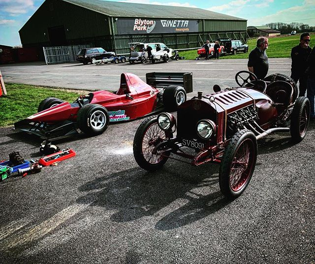 Two of the cars on track today couldn't be any more different. A Gould and a Le Zebra! #blytonpark #clubday #vscc