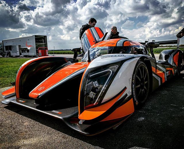 Our friends from @ginettacars were back with us today shaking down the fantastic G58. One of the fastest machines to ever grace Blyton Park. #blytonpark #testing #ginetta #g58