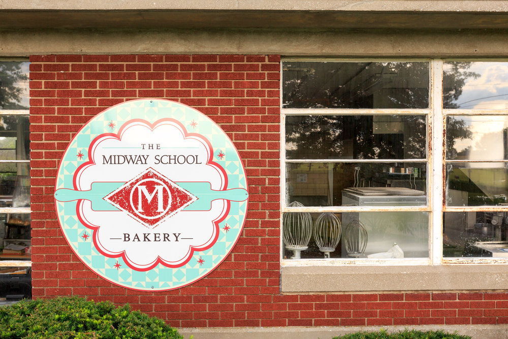 Midway Bakery-8695.jpg