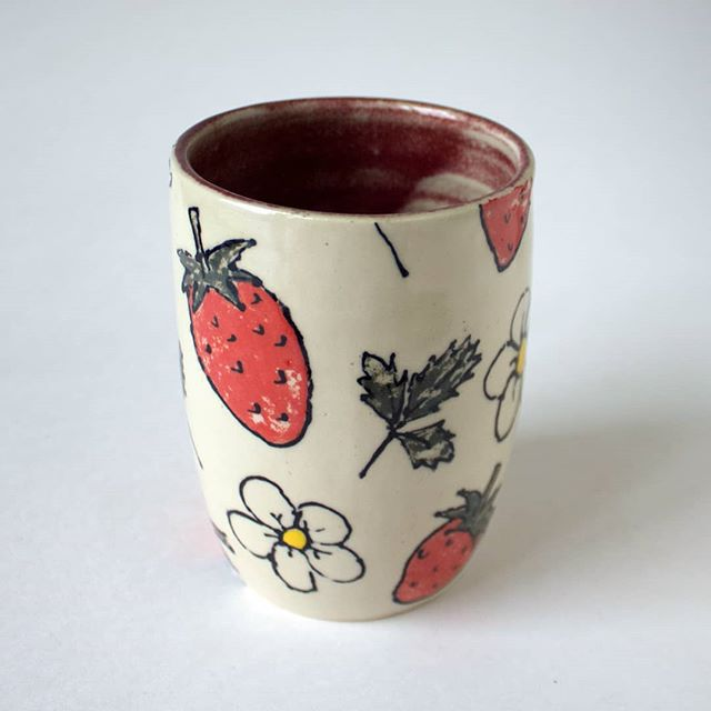 It may be the end of strawberry season but that doesn't mean you can't enjoy them all year round 🍓🍓🍓 (these will be in my next online shop update) . . . . . #clay #ceramics #ceramiccup #cup #tumbler #strawberry #strawberries #design #cone6 #pottery #wheelthrown #handmade #makersmovement #pottersofinstagram #miffyyost #foxglovestudio #foxglovestudiopottery