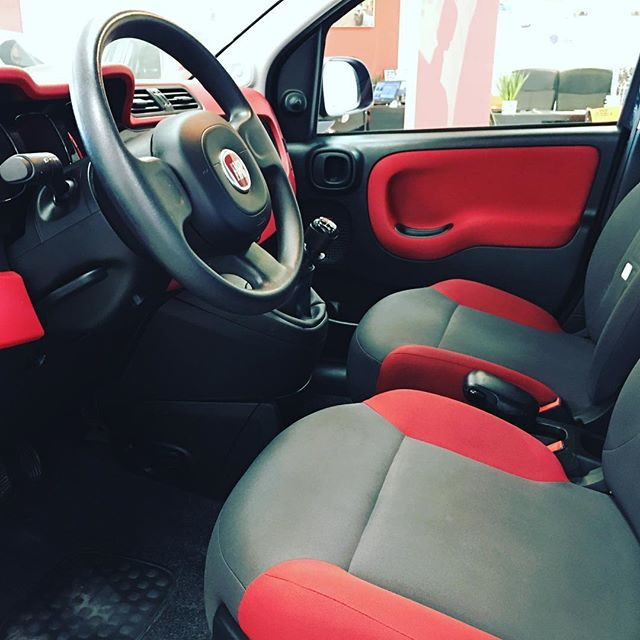 Black & Red #fiat #carinstagram #malaga #spain #carsforsale #andalucia #costadelsol #mynewcar #cars #coches