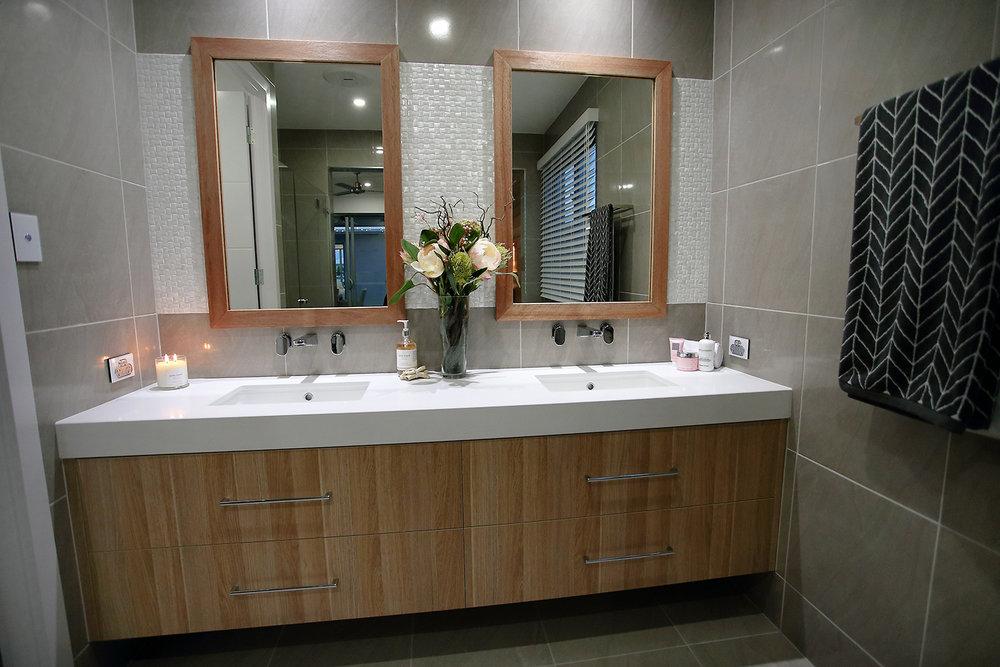 North Shore Display Home   Floor - Metropolis Grey Matt 450x450  Walls - Metropolis Grey Matt 450x450  Feature - Capri Silk Weave 300x600