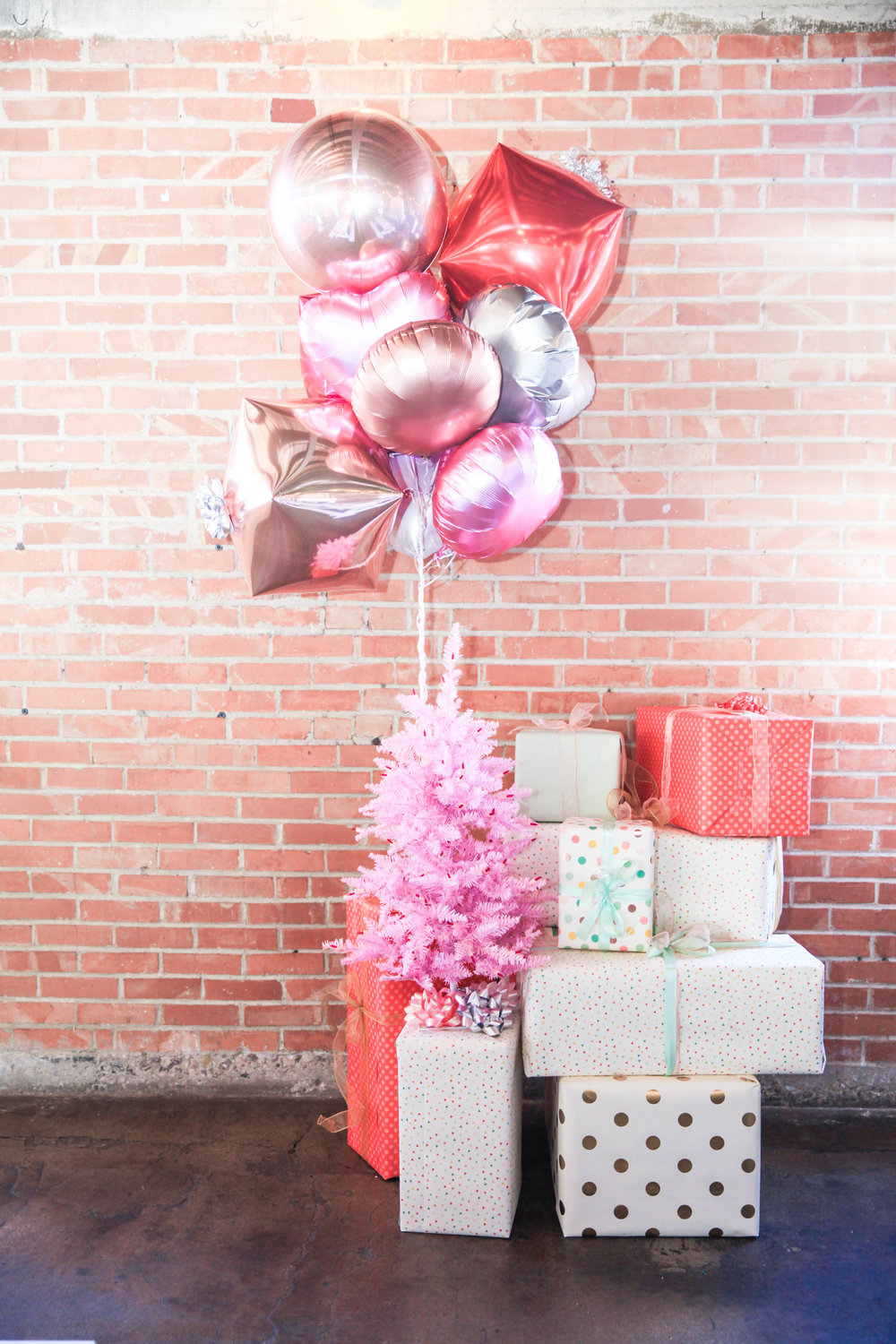 Gift Boxes + Balloons Decor (1).jpg
