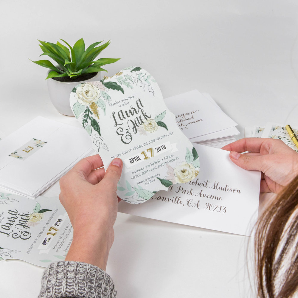 sending-out-wedding-invitations
