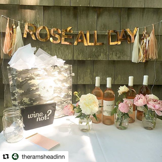 @theramsheadinn is all ready for #nationalroséday We love this setup