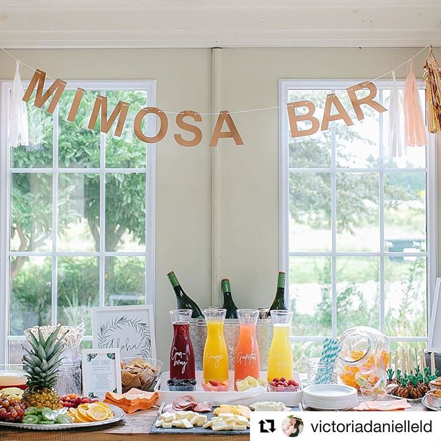 Such a gorgeous setup using our Mimosa Bar banner by @victoriadanielleld Stunning photo by @andreanaylorphotography