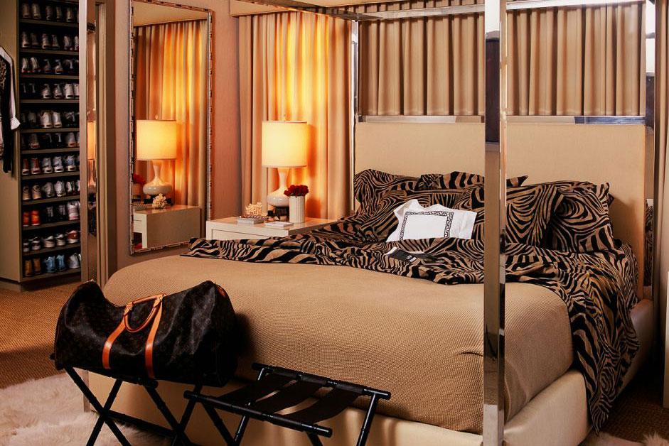 Burnham Design Shown: Custom Cooper Canopy Bed