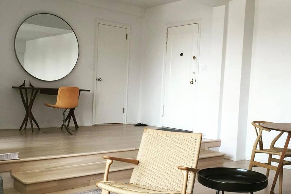 Damon Liss Design Shown: O Mirror