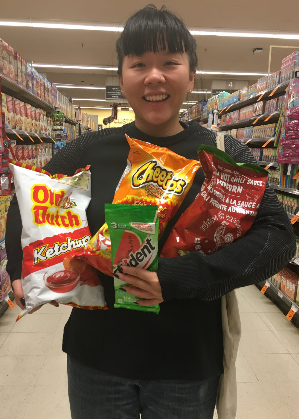 Was at the supermarket with Lena at 7:30 in the morning. Got snacks.