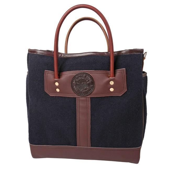 sportsmans-tote-wool-nvy