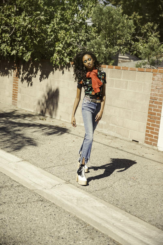 Zara jeans, Deandri shoes