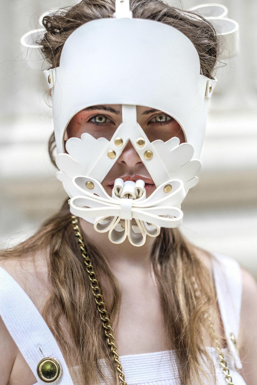 Niels Peeraer mask