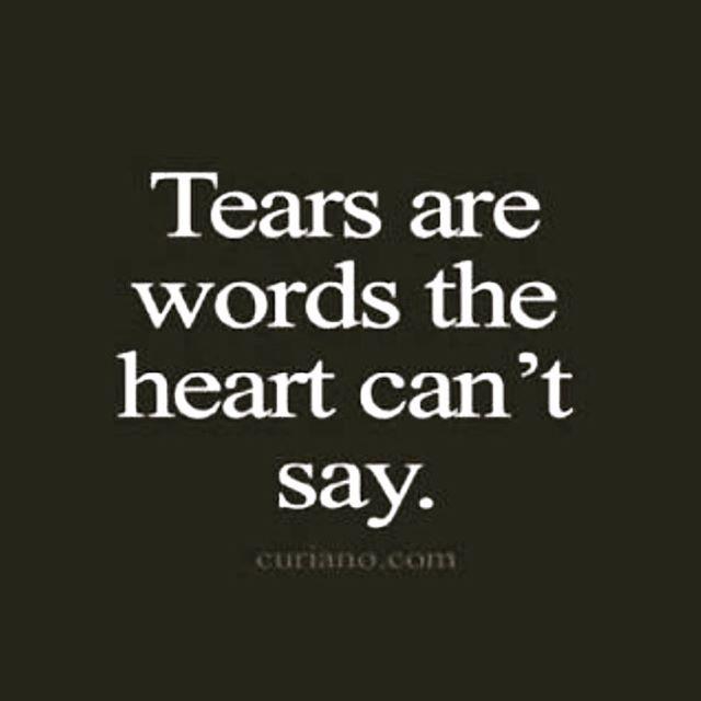 Sometimes it's just too sad. #fucancer #handinhand #mikeythemartian #braincancerawareness #itsnotfair #gbmwarrior #braincancerwarrior #tooyoung #myheartbreaks