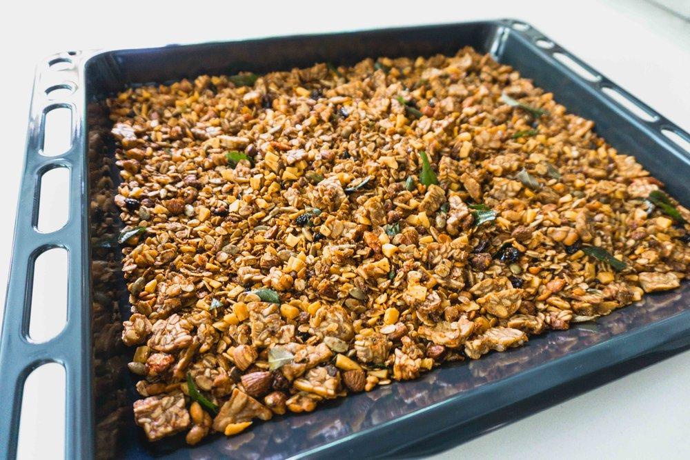 Tempeh granola