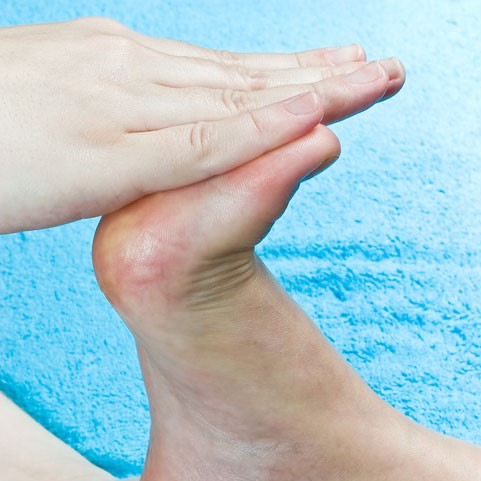 big toe joint pain