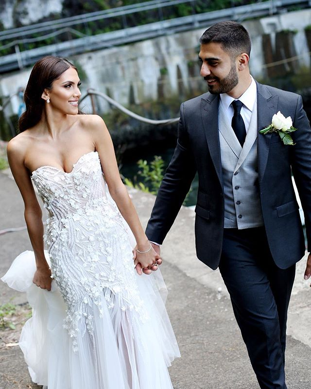 Sweethearts!!! Sarah's stunning dress is by @pallascouture of course😍 . . .  #smpweddings #stylemepretty #weddingblogger #weddingstyling #weddingphotographers #bridestyle #theweddingbliss #weddingstyle #brides_selection #bridalmusings #ruffledblog #soloverly #modernweddingmagazine #sydneywedding #sydneyweddingphotographer #sydneybride #melbournewedding #melbourneweddingphotographer #melbournebride #cosmobride #blumenthalphotography #featuremeoncewed #huffpostido #weddingwire #weddinggowns #pallascouture #weddedwonderland #Weddingstyle #Weddingblogger