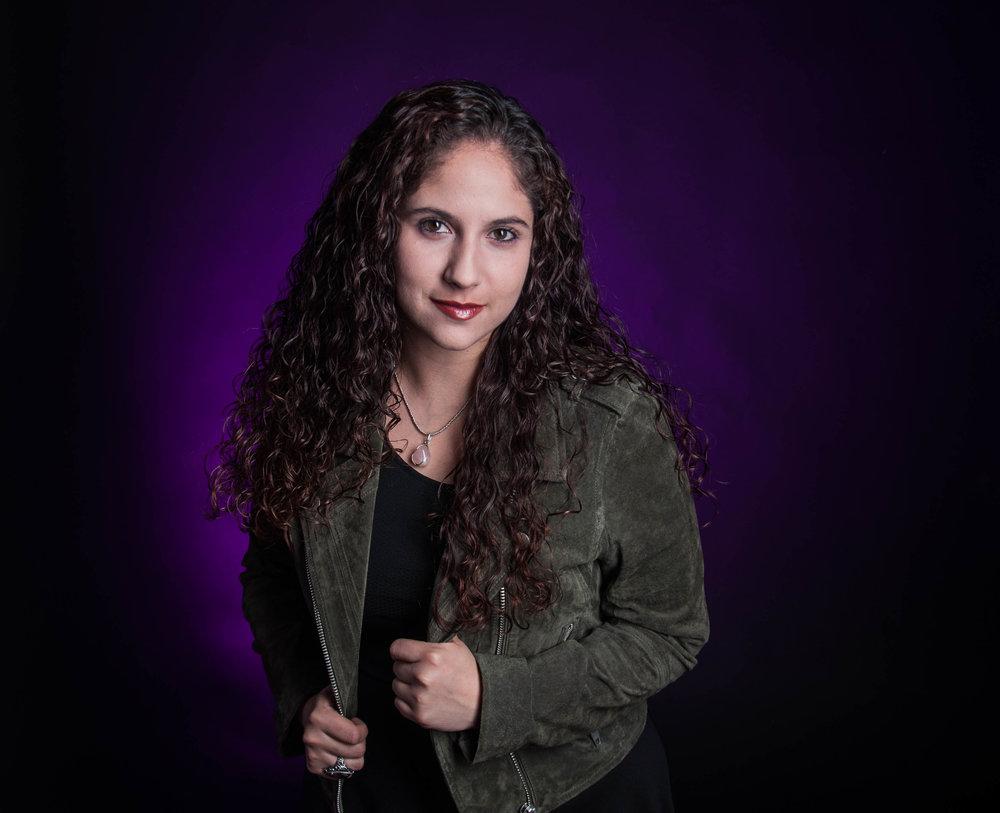 Yoana Medrano  Photographer and Writer