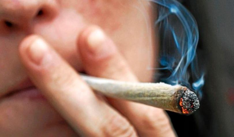 fumar-porros-no-es-terapeutico.jpg