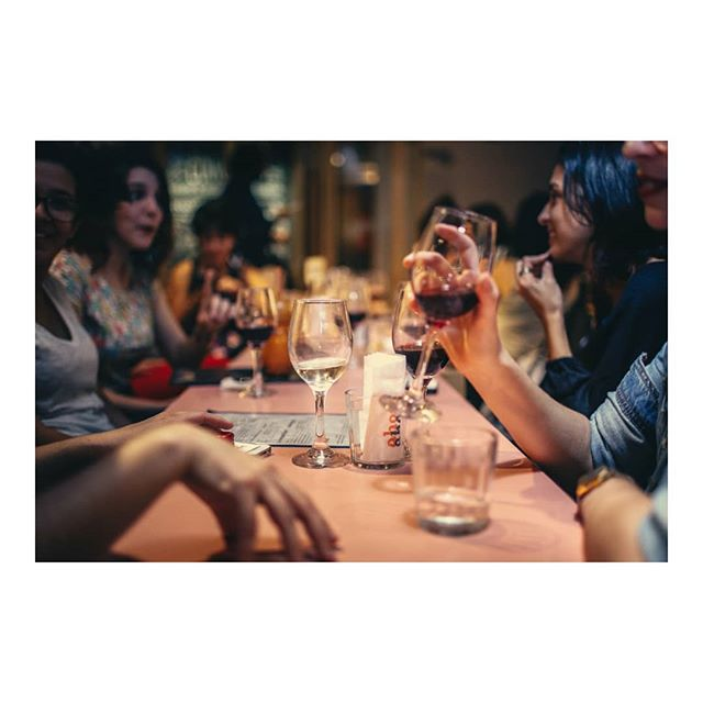 It's Saturday, therefore the only decision you have to make today - whether to have a glass or a bottle of wine! ⠀ See you tonight at @vault_hk ⠀ What's your favourite wine?⠀ ⠀ ⠀ #hongkonggirls #hongkongmodel #hongkonglkf #hkbar #hongkong #hongkongfood #hkwine #hkfoodie