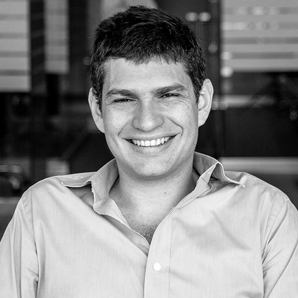 <b>Santiago Fossatti</b></br>Principal</br>Kaszek Ventures</br><i>Dia 16 - 16h</br>Palco Atualização</i></br></br></br></br>