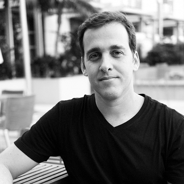 <b>Guilherme Azevedo</b></br>Cofundador</br>dr.consulta</br><i>Dia 17 - 14h</br>Palco Conexão</i></br></br>
