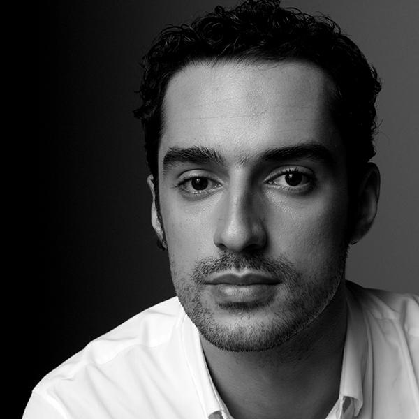 <b>João Cavalcanti</b></br>Cofundador</br>Kunumi</br><i>Dia 17 - 17h30</br>Palco Itaú Inspiração</i></br></br>