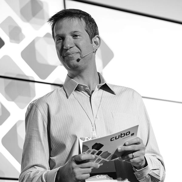 <b>Flávio Pripas</b></br>Managing Director</br>Cubo</br><i>Dia 16 - 14h30</br>Palco Itaú Inspiração</i></br></br>