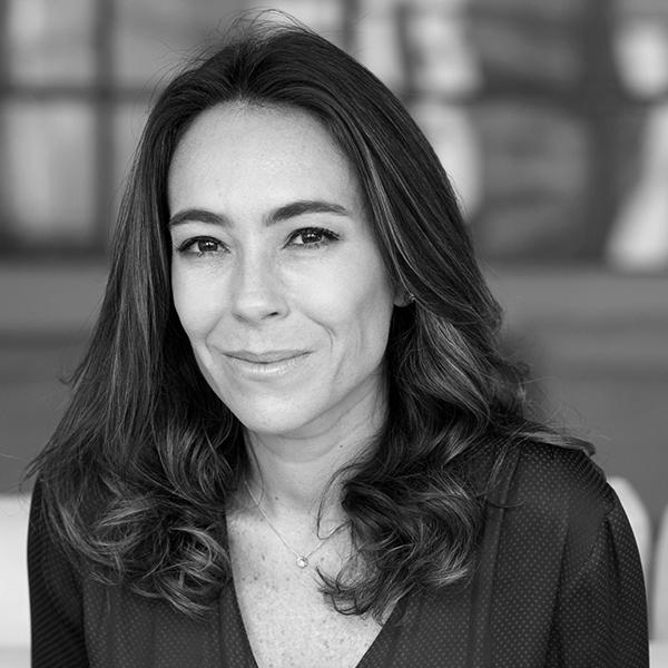 <b>Anna Carolina Aranha</b></br>Cofundadora</br>Pipe Social</br><i>Dia 17 - 15h45</br>Palco Atualização</i></br></br>