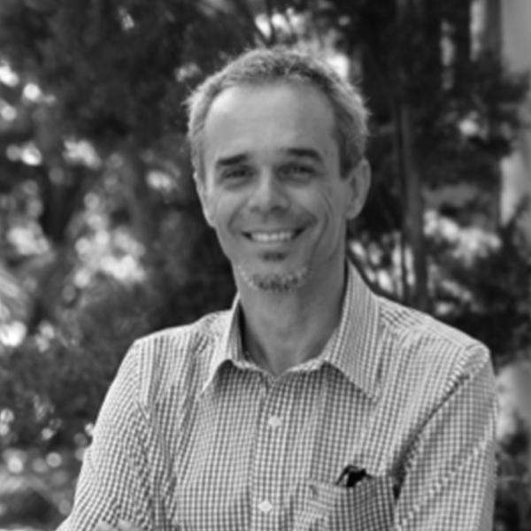 <b>Sergio Resende</b></br>Co fundador</br>Parsifal 21</br><i>Dia 17 - 13h30</br>Palco Itaú Inspiração</i></br>