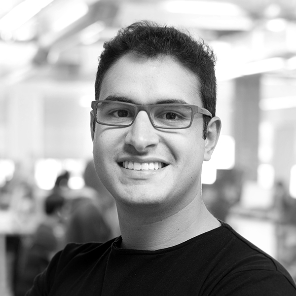 <b>Gabriel Senra</b></br>Fundador e CEO</br>Linte</br><i>Dia 16 - 14h30</br>Palco Itaú Inspiração</i></br>