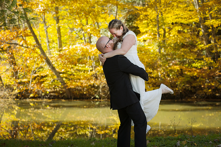 Wedding couple lift