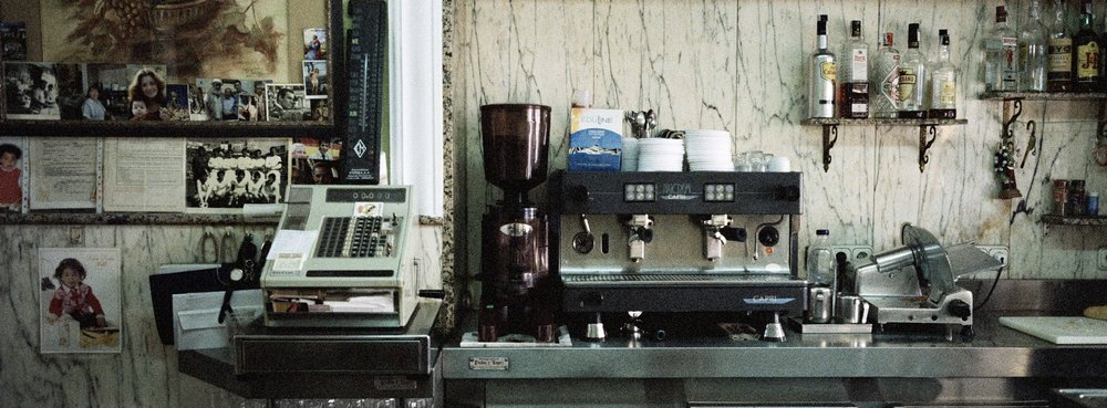 4grenada-001coffeebarprocessed1920x1080.jpg