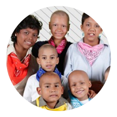 Amigos del Niño con Cáncer  We help to finance treatments and to maintain the hostel for children with cancer.