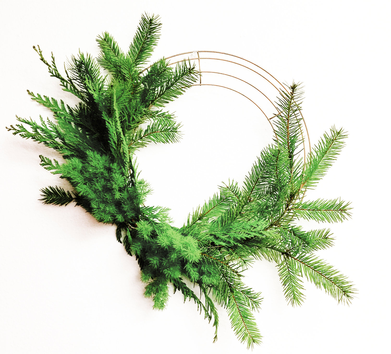 Pinot+Petals-VindeSyrah-AHR-Florals-christmas-wreath-san-diego
