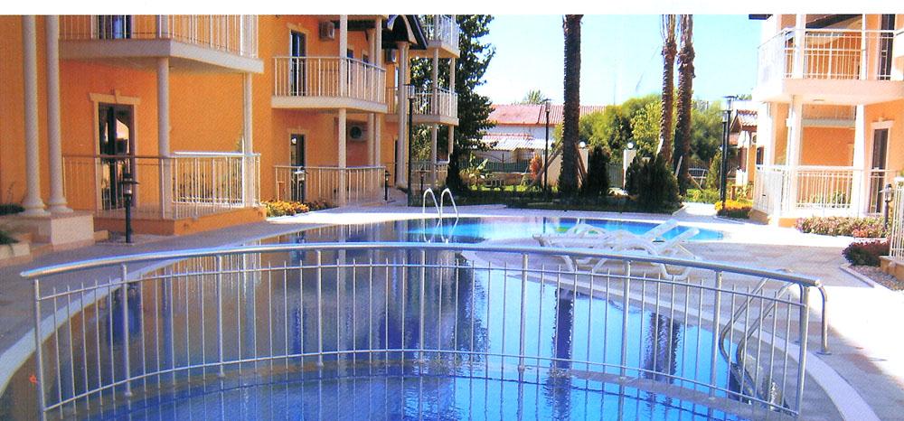pool railing.jpg