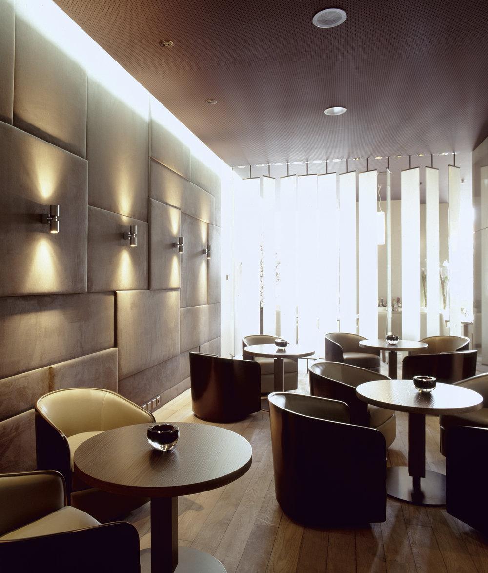 021_02__02_Lounge.jpg