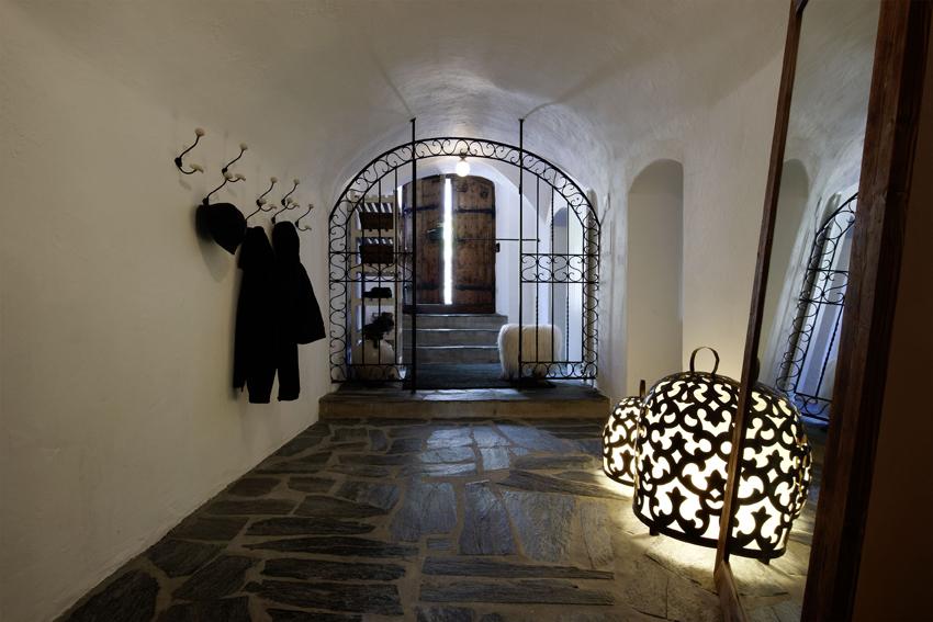 129_iria_degen_interiors_apartment_mountain_retreat6.jpg
