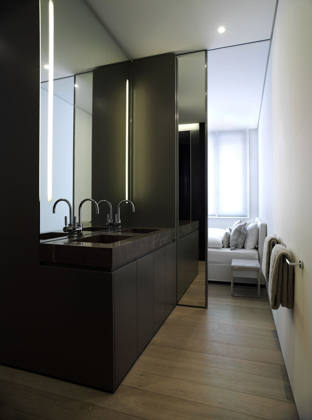 048_iria_degen_interiors_house_evilard4.jpg