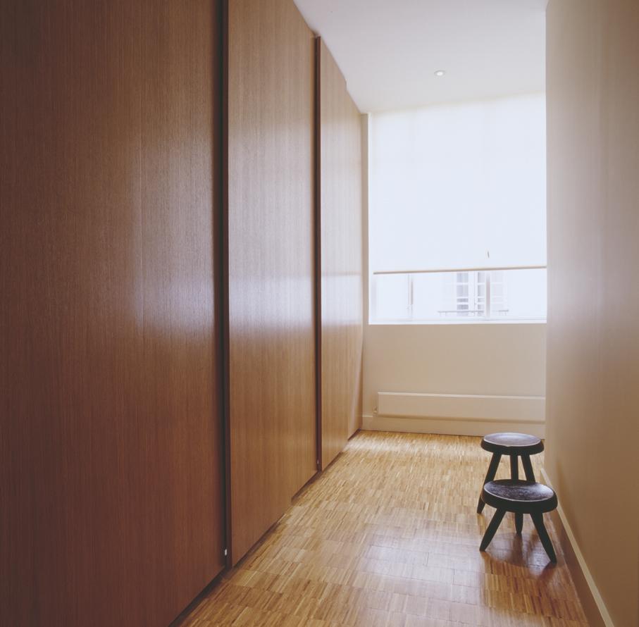 007-iria-degen-interiors-apartment-paris3.jpg
