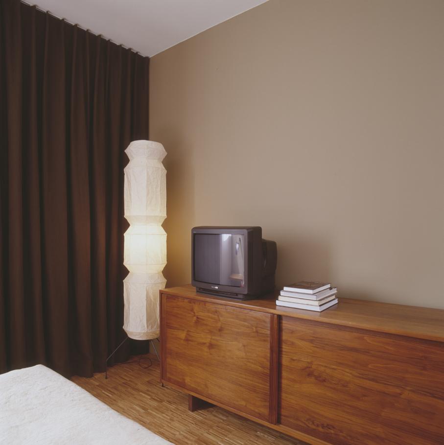 007-iria-degen-interiors-apartment-paris8.jpg