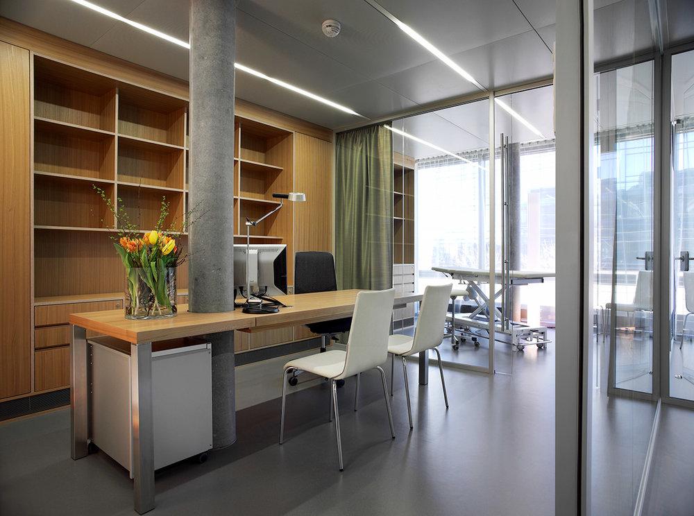 073_iria_degen_interiors_health_clinic_reha_zug5.jpg