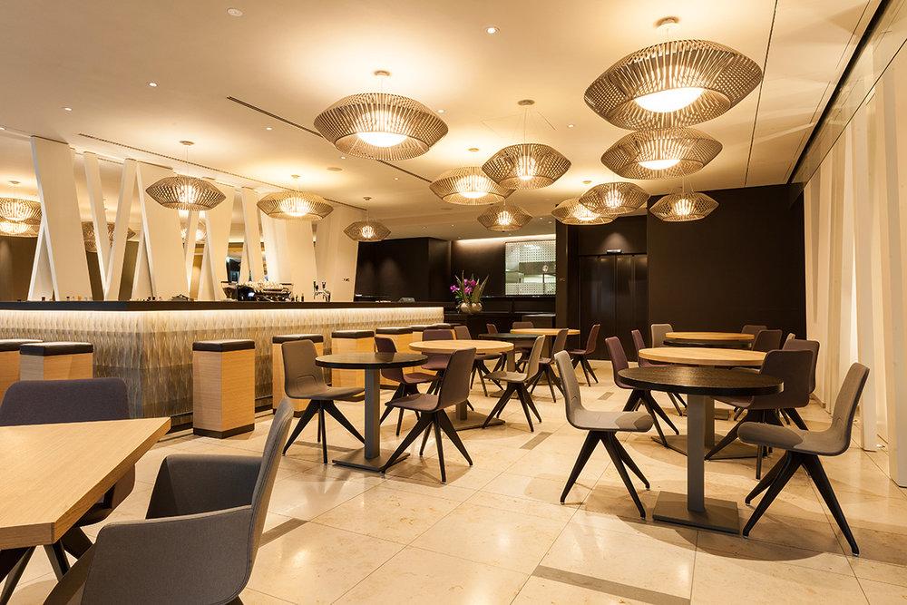 158_iria_degen_interiors_hotel_pullman_basel_europe12.jpg
