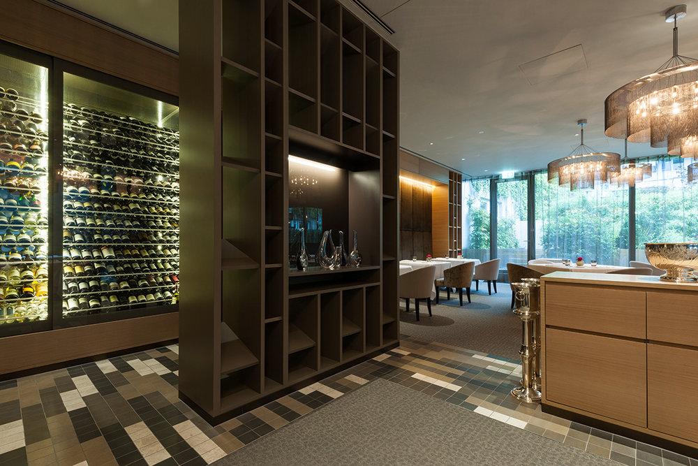 158_iria_degen_interiors_hotel_pullman_basel_europe17.jpg