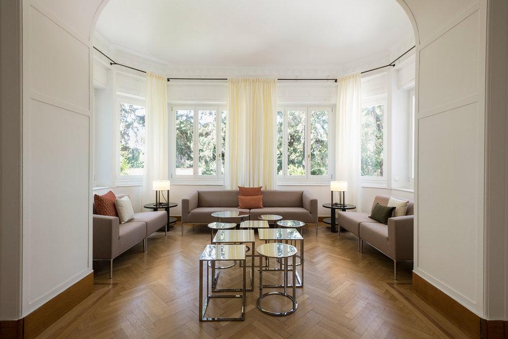 Schweizer-Residenz-Athen_07kl.jpg