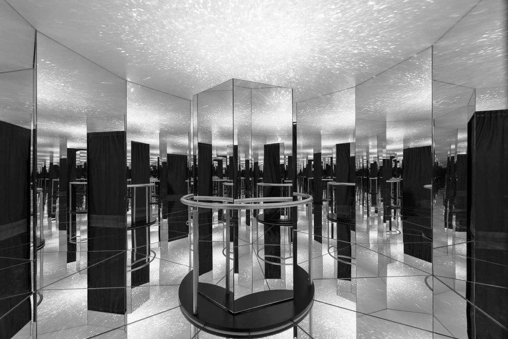 740_iria_degen_interiors_galvolux_exhibition2 2.jpg