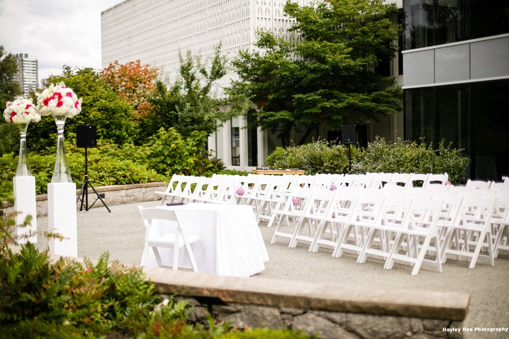 Garden Patio Ceremony- HayleyRae Photography.jpg