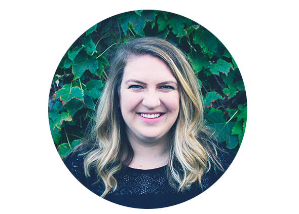 samantha salvaggio | designer | bread lover   west coast > pacific northwest > mid-west... we know sam has good taste and loves everything from a nice baguette to plain ol' Toast (her dog).