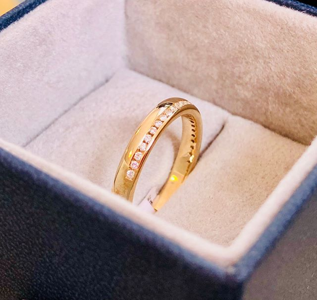 Want to add a little extra sparkle to your wedding ring? We recently crafted this gold band for a client and added channel set diamonds as a finishing touch 💎  #weddjng #weddingring #diamonds #crafted #localbusiness #oswestry #shropshire #midwales #northwales #wrexham #sparkle