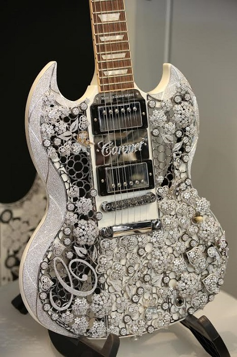 Diamond Guitar
